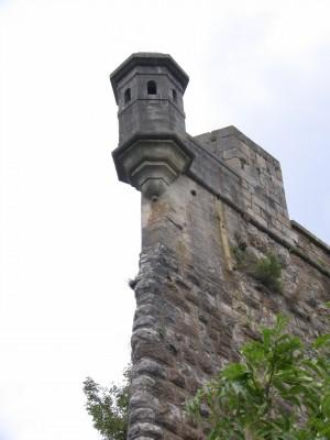 Une vue que vous pourrez avoir de la tour de la Reine si quelqu'un vous pousse dans le vide.