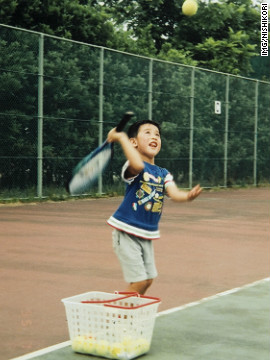 4e07e_121011020201-nishikori-youngster-gal-vertical-gallery