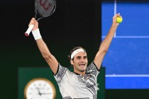 Switzerlands-Roger-Federer-celebrates-h